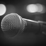 microphone-1261792_1920